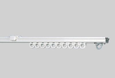 Barra metálica blanca para instalación cortinas