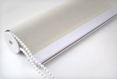Sistema de cortina enrotllable de cadena color blanc