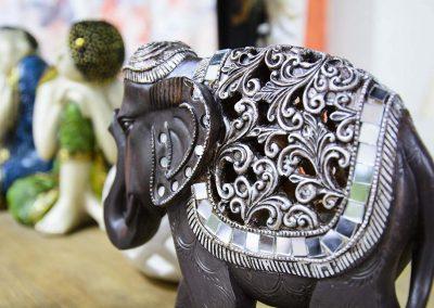 Primer plànol adorno elefant asiàtic petit