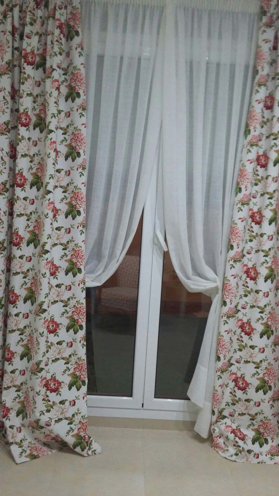 Cortines a Mida Blanques i estampades