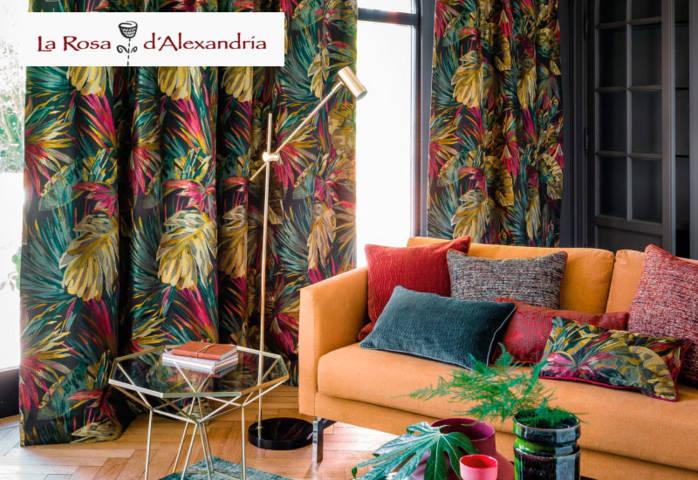 salón con cortinas de verano